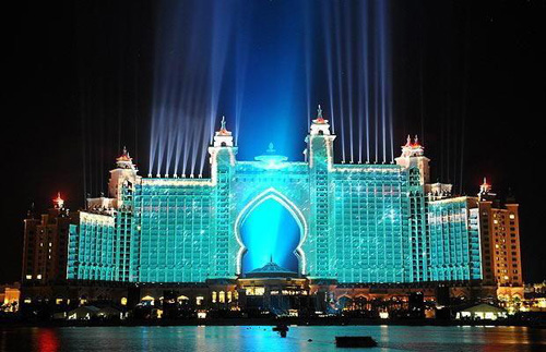 atlantis-hotel-dubai-light-show-2
