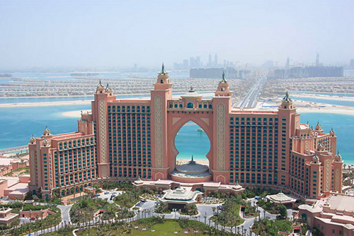 atlantis-hotel-dubai-main-view